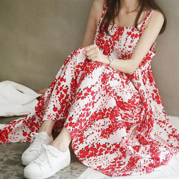 顯白印花洋裝