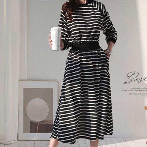線條柔軟彈性洋裝