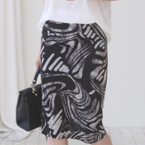 漩渦藝術印花合身裙