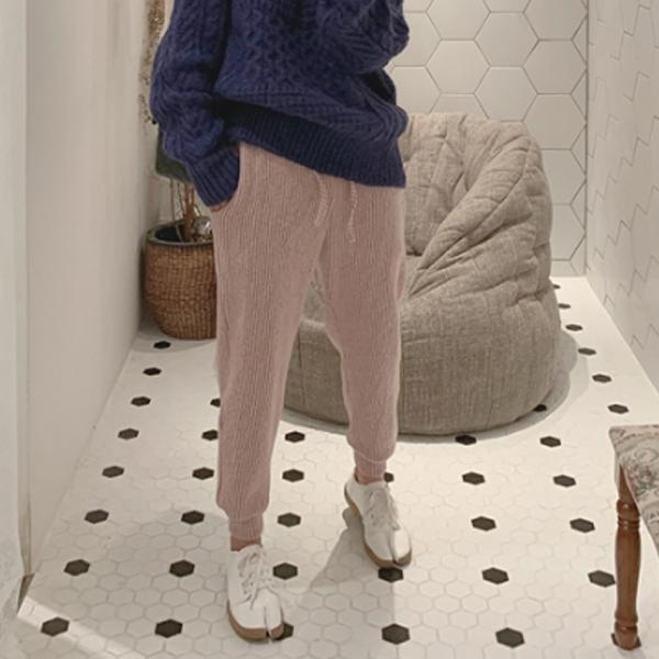 坑條舒適束口休閒褲
