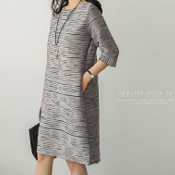 氣質典雅細褶洋裝