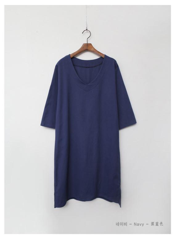 素色寬鬆V領洋裝
