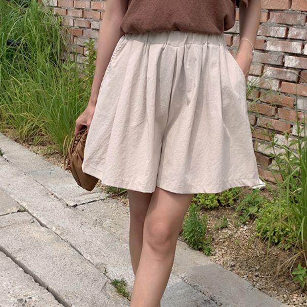 時尚純色寬鬆短褲