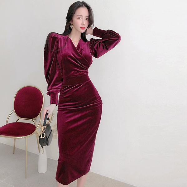 天鵝絨蓬蓬袖長洋裝