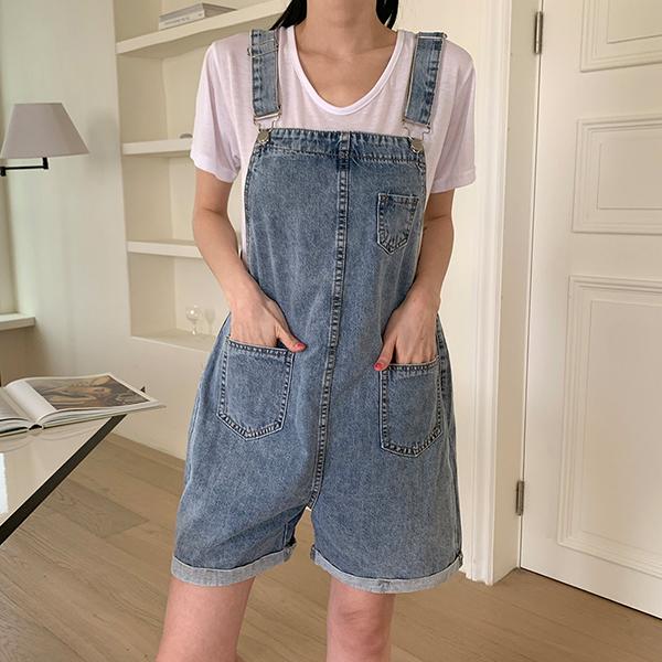 俏皮休閒假日吊帶短褲,,KOREA,D1-21Y0263,俏皮休閒假日吊帶短褲,