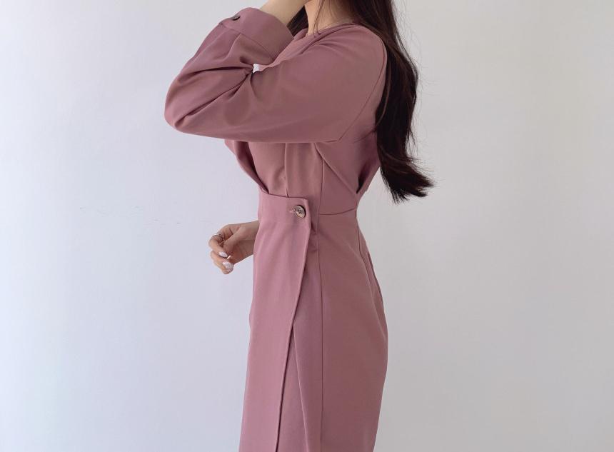 特殊抓皺設計修飾感收腰洋裝