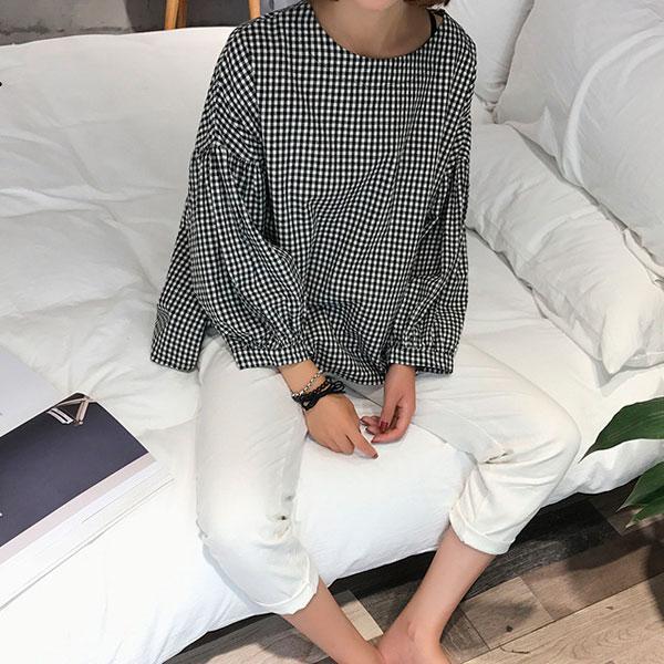 休閒格紋泡泡袖上衣