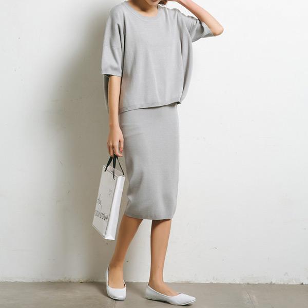 早秋款 淡雅針織短裙套裝