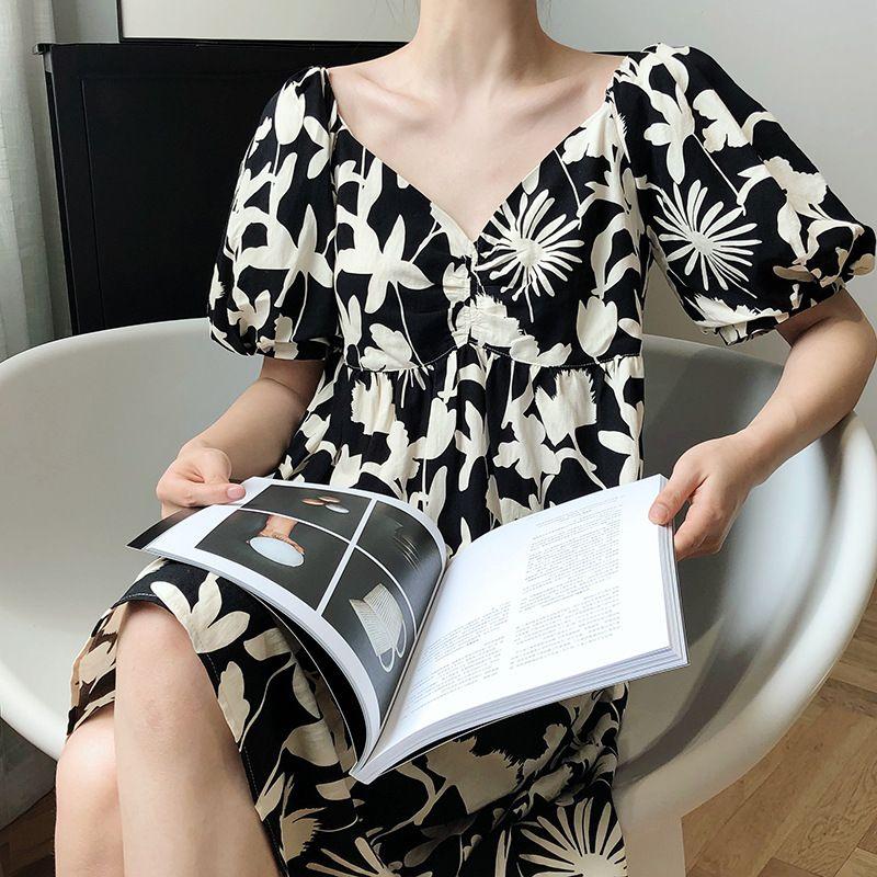 印花V領露背洋裝