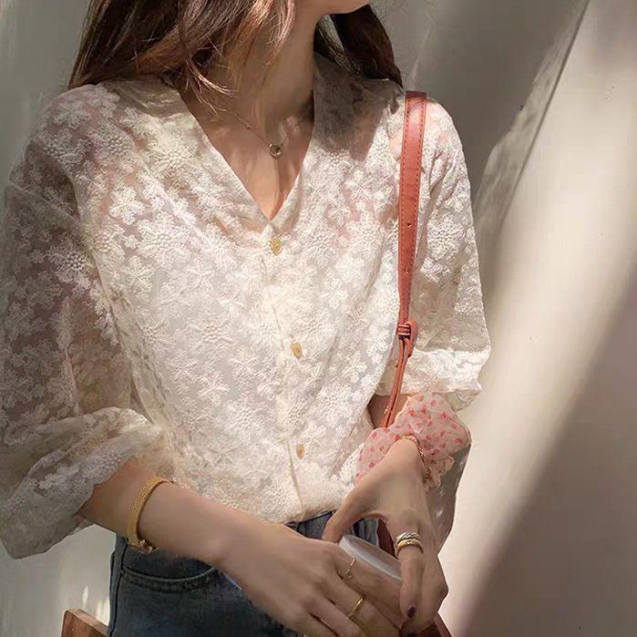 刺繡鏤空蕾絲上衣,JEANSWE,百搭,中大尺碼.刺繡,蕾絲,罩衫