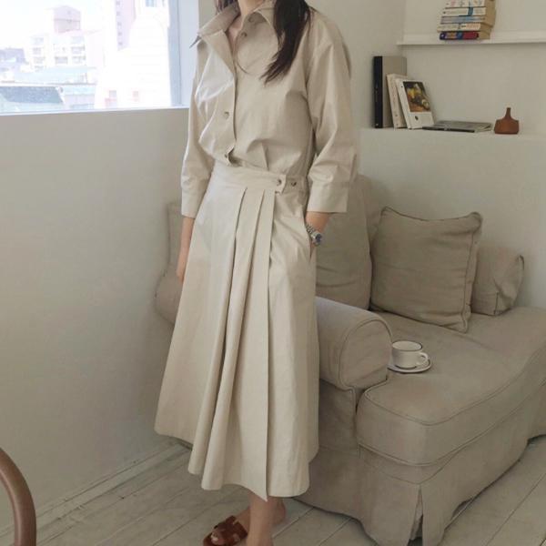 氣質翻領式顯瘦洋裝