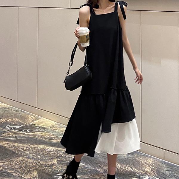 韓式設計黑白拼接吊帶裙