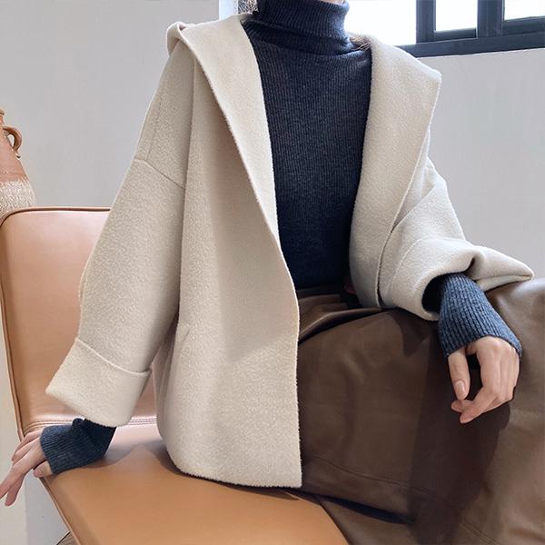 仿羊毛短版外套