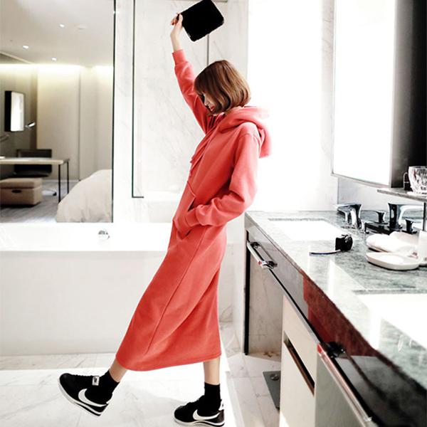 素面連帽口袋洋裝