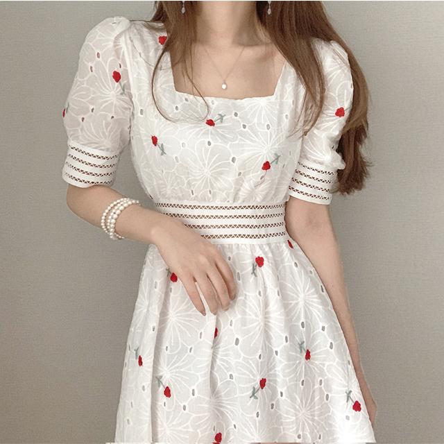 甜美風花朵刺繡過膝洋裝