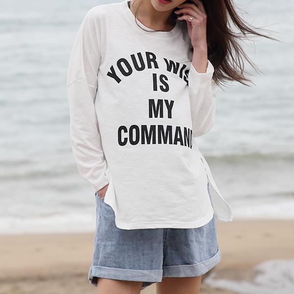輕薄英文字母上衣