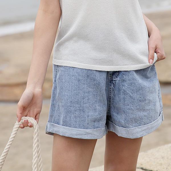 率性舒適牛仔短褲